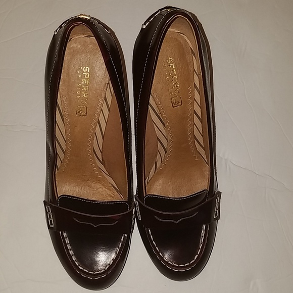 eac0cdf1e2b 💜Sperry top sider penny loafer wedge. M 5bf89270951996b0c85ec827